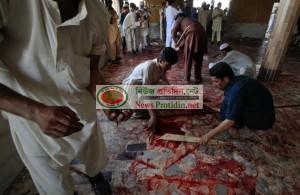 149027-pakistan-mosque-bomb-blast